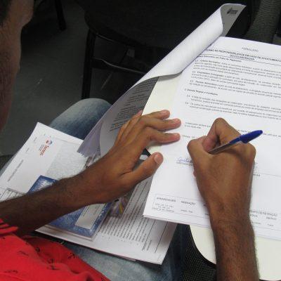 Unidade Projeto Pescar Tereos - Assinatura do contrato de aprendizagem
